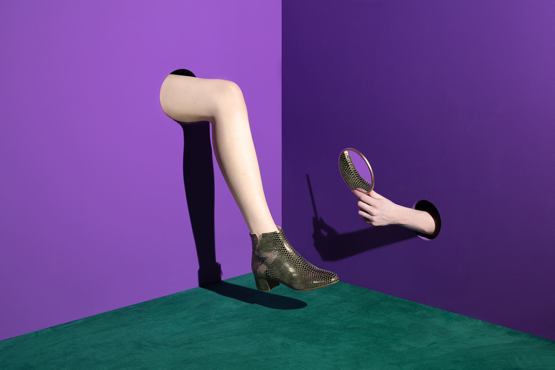 reverbere-patricia-blanchet-miroir-jambe.jpg